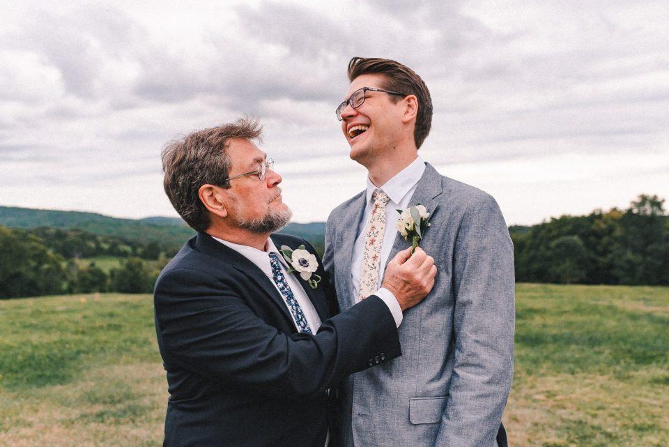 fun-candid-wedding-photos-suessmoments