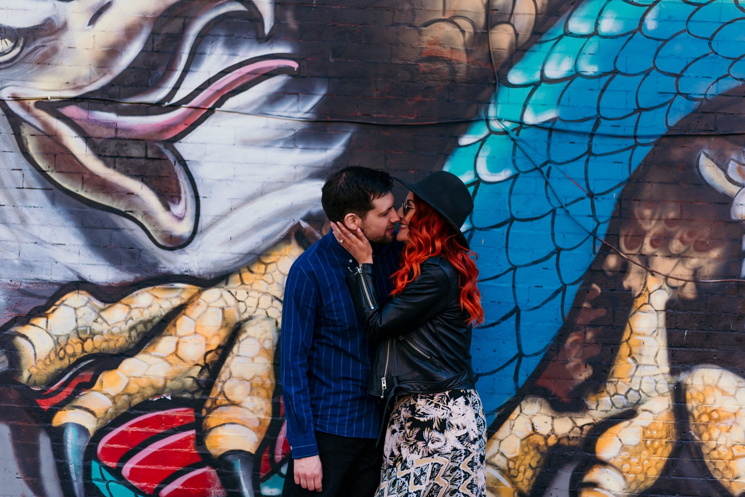 williamsburg-graffiti-engagement-photos-brooklyn-photographer-suess-moments-nyc
