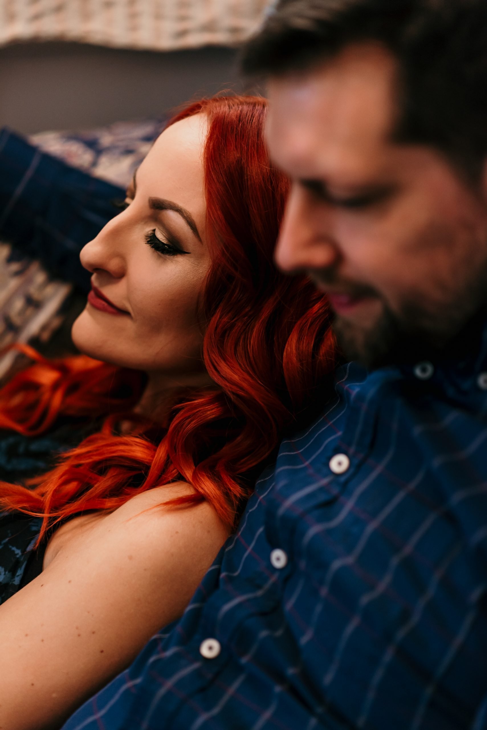 indoor-couples-photo-session-suess-moments-nyc-photographer