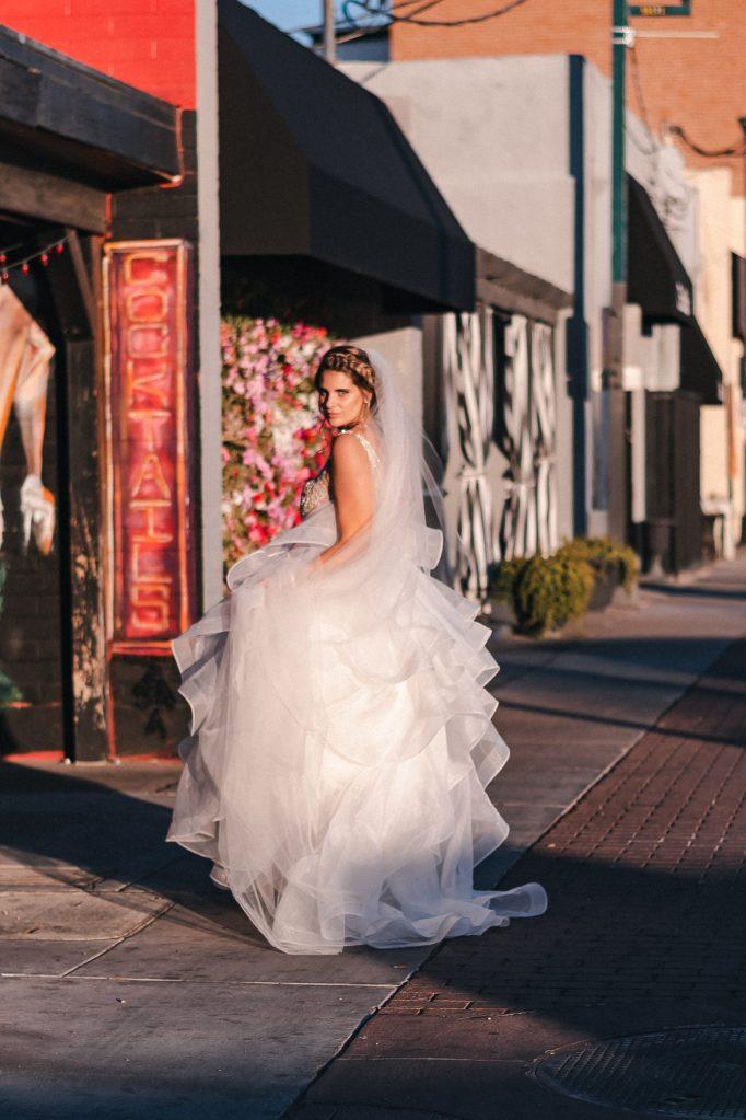 golden-hour-az-wedding-suess-moments-wedding-photographer