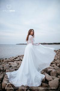 stylish-bride-accs-etsy-shop-suesmoments-cute-engagement-pphoto-dresses