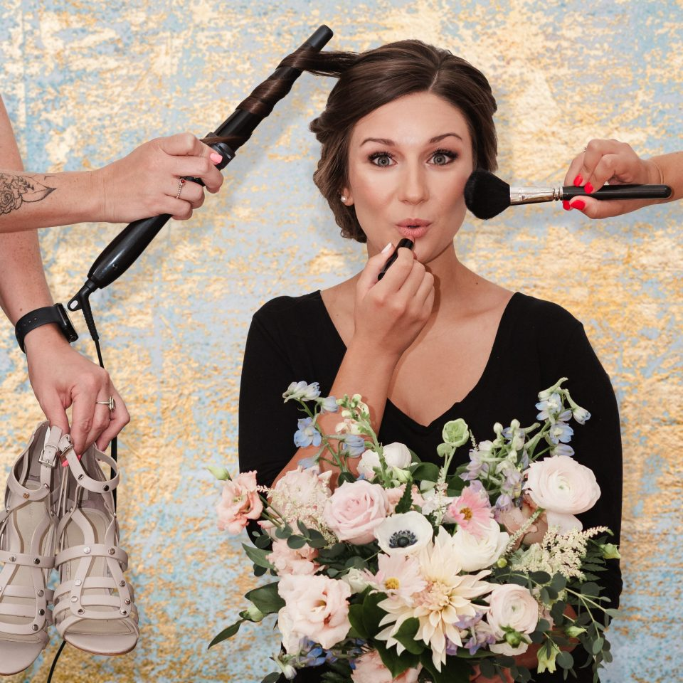 fun-bridal-getting-ready-photo-photoshop-wedding-photos-bykenhulle-house-by-suessmoments