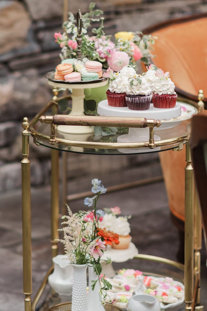 sweet-bakes-cafe-desserts-new-york-wedding-photos-suessmoments