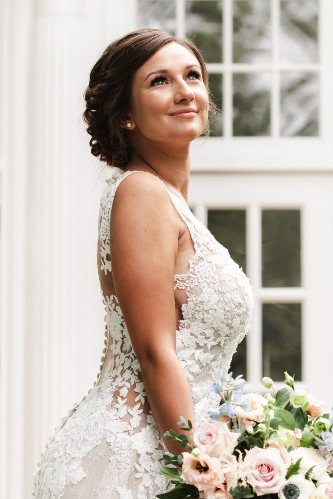 bykenhulle-house-wedding-photos-by-suess-moments-bridal-portrait