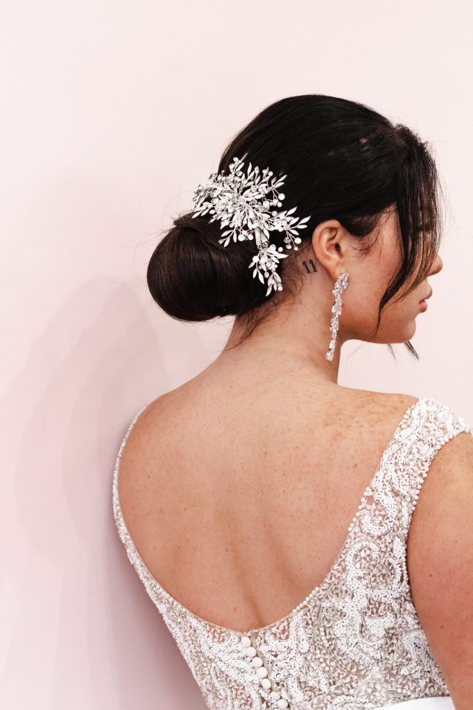 luxe-and-lace-bridal-boutique-hair-by-vanessa-suess-moments-wedding-nyc-photographer