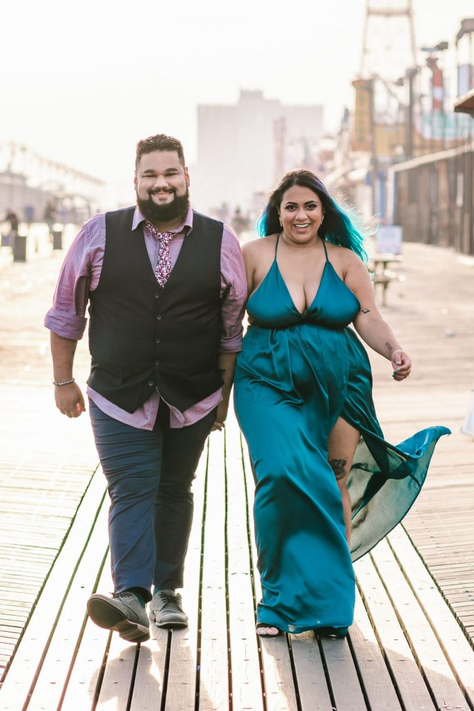 coney-island-engagement-photos-brooklyn-photographer-beach-photography-suessmoments