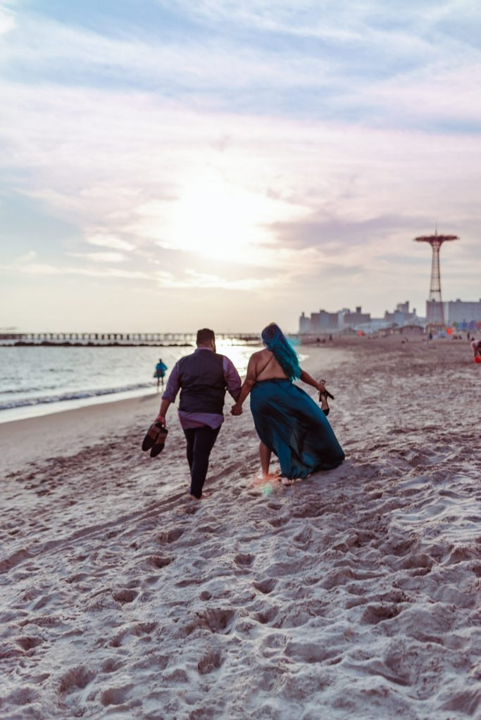 coney-island-sunset-beach-engagement-photos-brooklyn-photographer-suessmoments