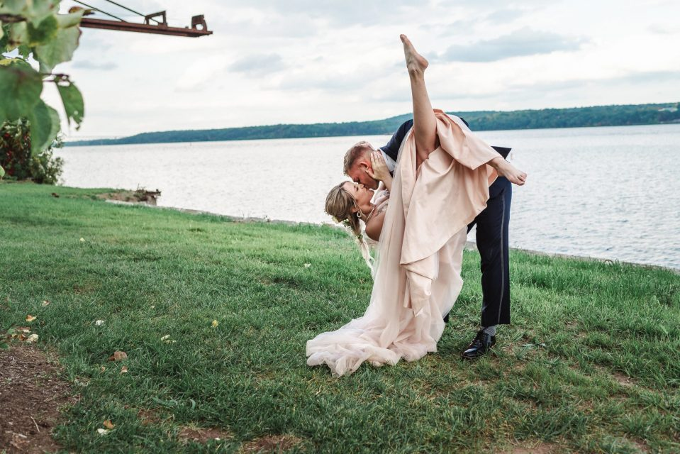 hutton-brickyards-fairytale-wedding-new-york-photographer-suess-moments