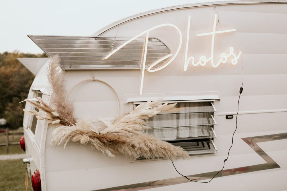 vintage-visions-rentals-wedding-decorations-photography-by-suessmoments-nyc