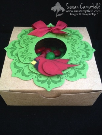 Cardinal Wreath Christmas Box with Floral Frames Framelits Daydreams Medallions and Bird Builder Punch1-imp