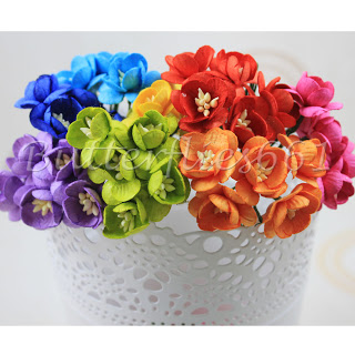 these paper flowers would brighten up any room