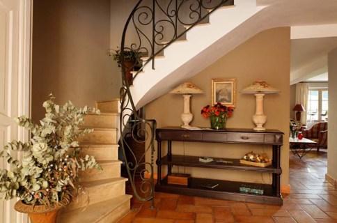 Maison de la Bourgade staircase, from their website
