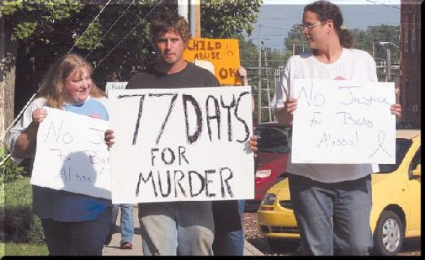 Tyler Sprunger and other supporters protest Christy Shaffer's prison sentence