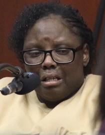 Geraldine Perkins testifying against her former boyfriend, Rysheim Smith, on trial for murdering her son, Zymere.