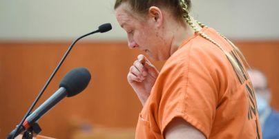 JoAnn Cunningham gives her bullshit statement during her sentencing hearing