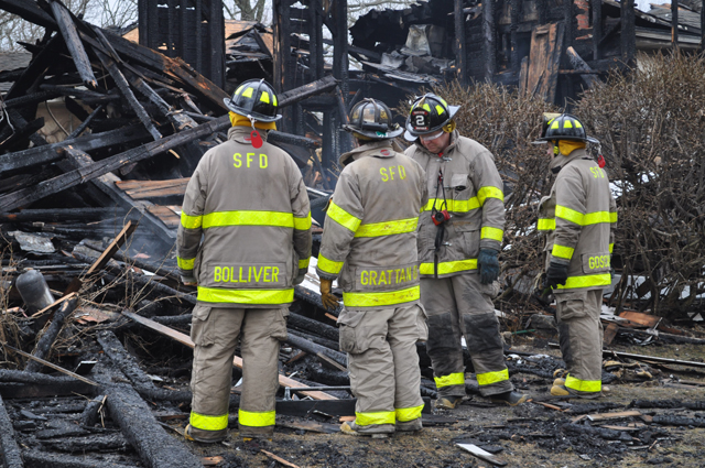 Firefighters continued to battle the blaze Sunday morning. (Credit: Grant Parpan)