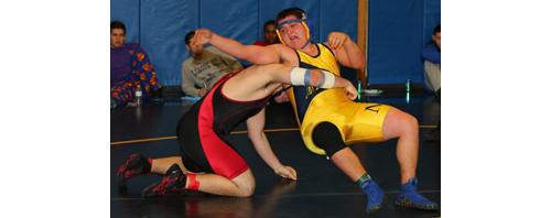 DANIEL DE MATO PHOTO   Connor Andersen, right, was one of six Mattituck/Greenport wrestlers to reach the finals of the North Fork Invitational on Saturday.