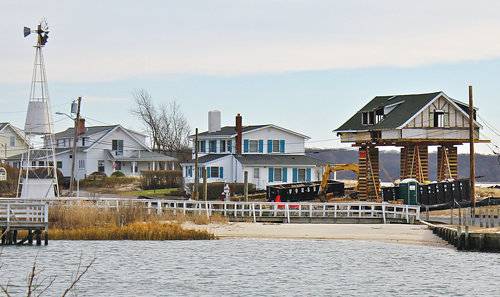 New Suffolk house doesn't have a first floor after Sandy