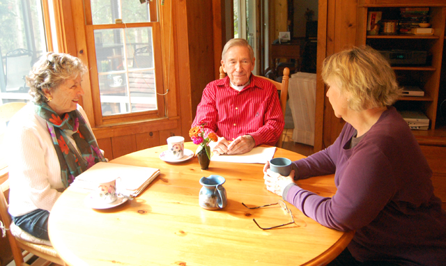 discuss the future of North Fork Chorale with Lois Ross, right, last week.