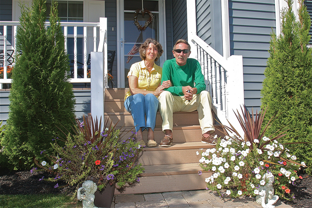 Betty and Dave Pfeiffer moved to Glenwoods Oaks when they decided it was time to downsize from a large home in Hampton Bays in December 2013. (Credit: Barbaraellen Koch)