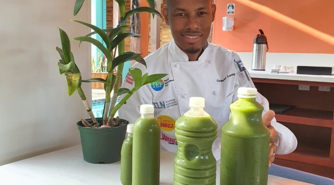 Detox Before the Weekend with Chef Lumley's Green Juice! It's a whole MOOD!