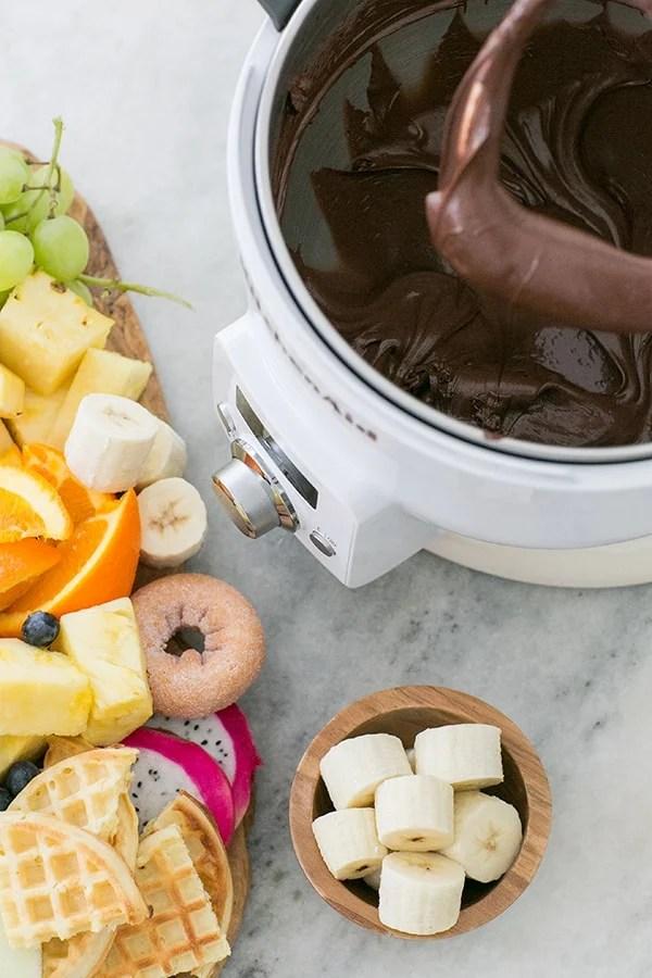 chocolate-fondu-kitchen-aid-sugarandcharm-1