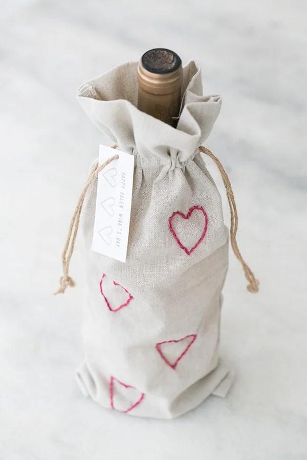 valentines_wine_bag_sugarandcharm_11