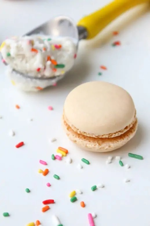 Skinny Macaroon Ice Cream Sandwiches - Sugar & Cloth - Glossary of Macs - Recipe - Houston Blogger