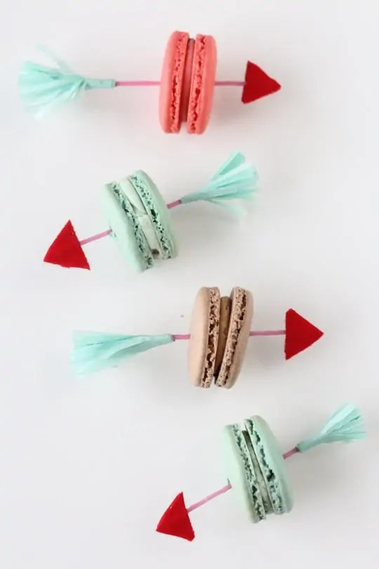 DIY Valentine crrow cookie picks by Sugar & Cloth