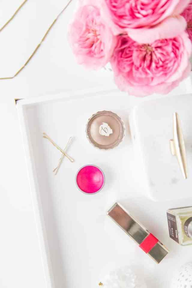 DIY vanity tray | sugarandcloth.com