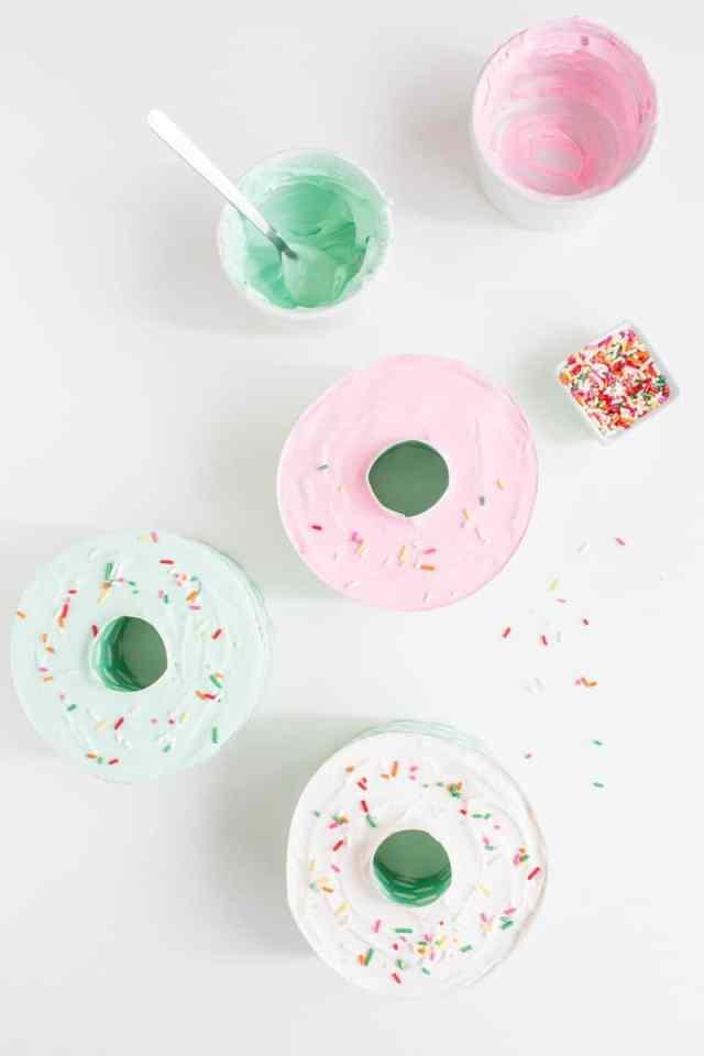 Eats Donut Shaped Mini Ice Cream Cakes
