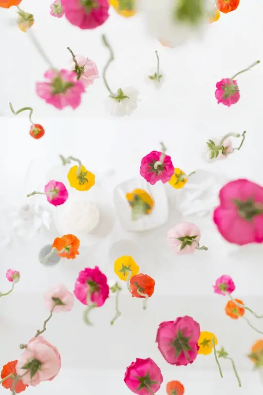 DIY hanging floral installation | sugar and cloth