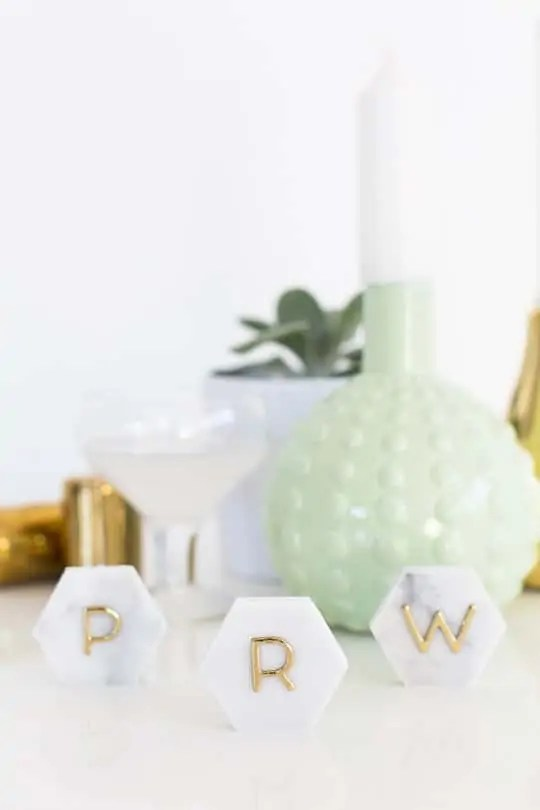 DIY Marble Hexagon Place Cards-6