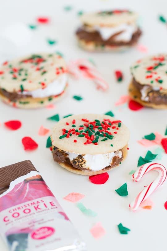 Christmas cookie smores recipe - Sugar & Cloth
