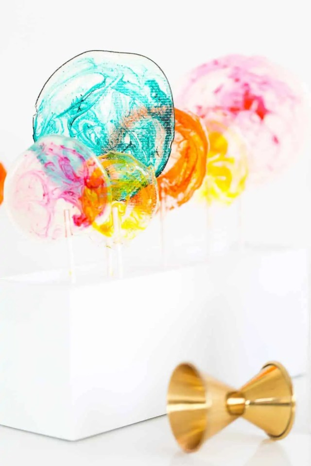 marbled DIY spiked lollipops - sugar and cloth - recipe