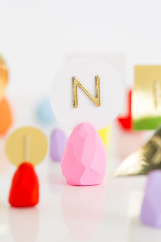 DIY Faceted Easter Egg Place Card Holders – Easter Place Card Holders