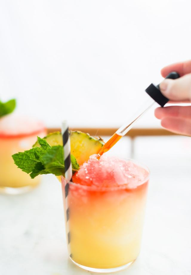 Piña Colada Snow Cone -Sugar & Cloth - Houston Blogger - Cocktail Recipe