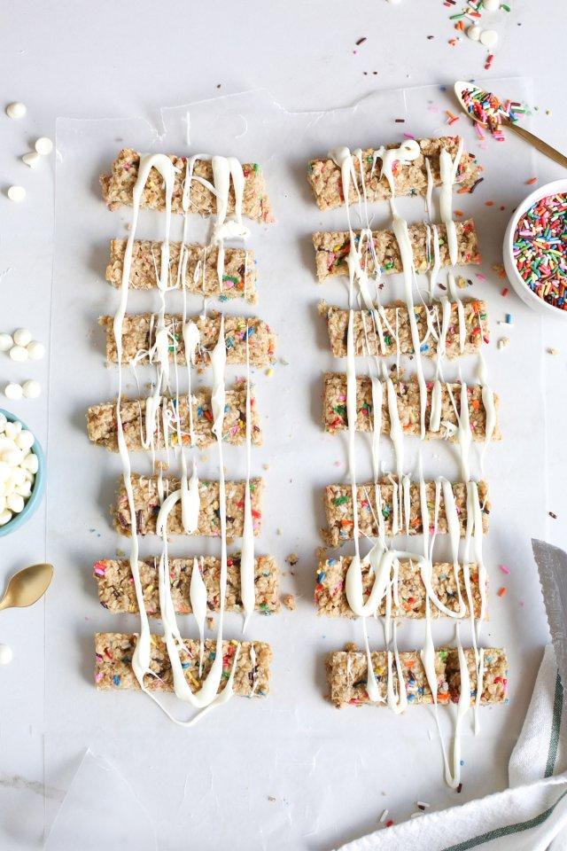 Funfetti Granola Bars - Sugar & Cloth - Recipe - Houston Blogger