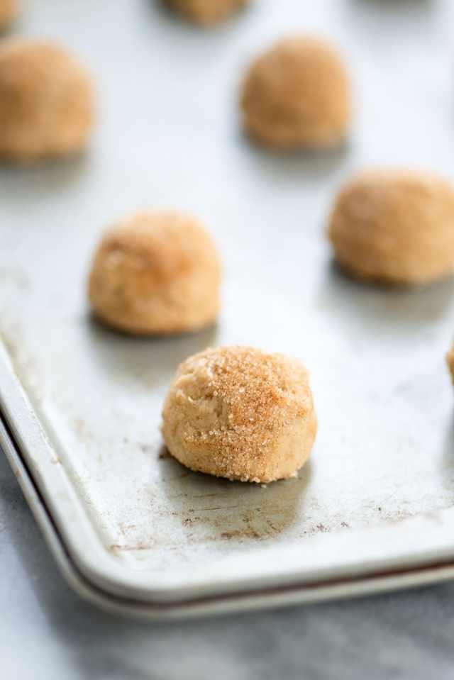 Snickerdoodle and Pumpkin Ice Cream Sandwich - Sugar & Cloth - Houston Blogger - Recipe