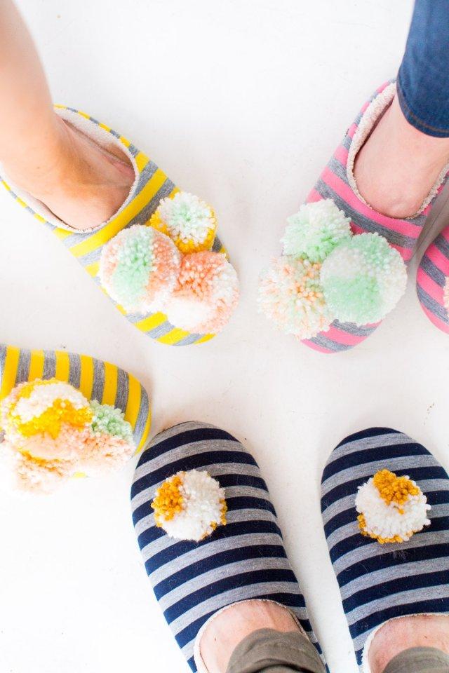 diy-pom-pom-slippers-9