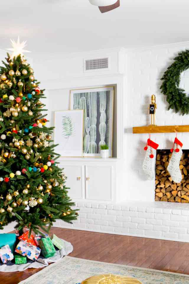 The Holiday Living Room Makeover we Gifted with Lowe's! by Lifestyle Blogger Ashley Rose of Sugar & Cloth in Houston, TX
