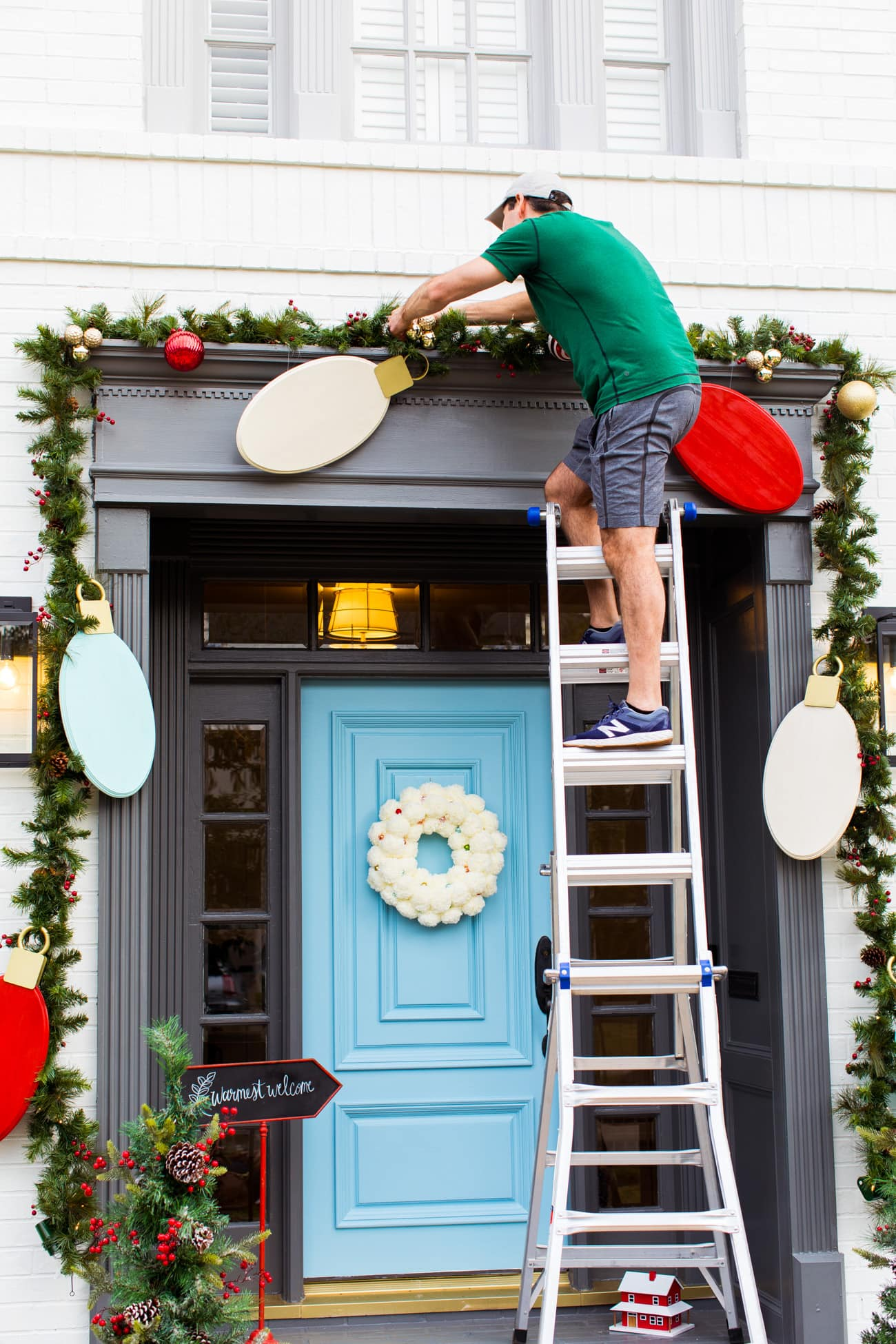 Outdoor Christmas Door Decorations Diy Wood Lights