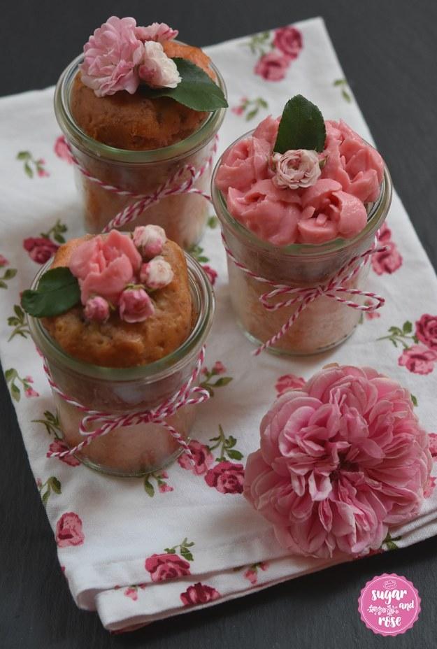 Rosenkuchen-im-Glas7