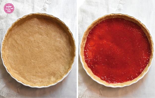 Links der frische, rohe Nussmürbteig in der runden Tarteform, rechts ebenso, aber mit rotem Himbeergelee dicht bestrichen.