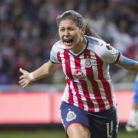 Futbol femenil: con Dalila a las patadas