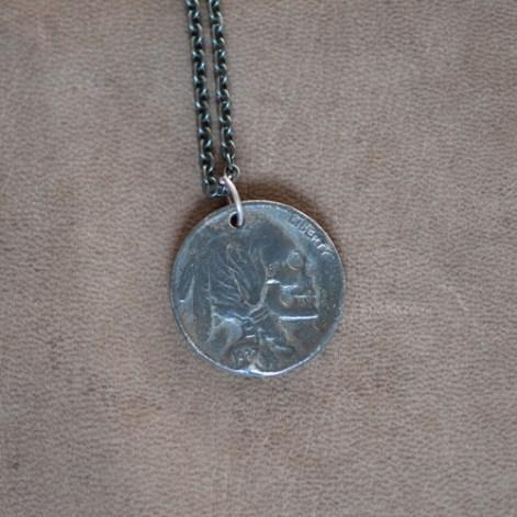 18 Waits Skull Necklace