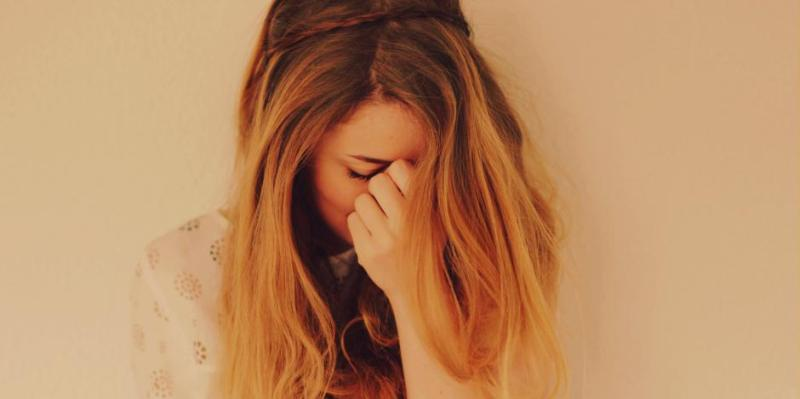girl breaking up