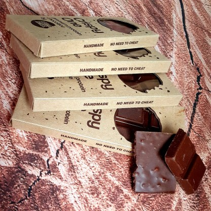 keto milk chocolate with biscuits