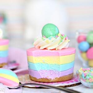 Easter No-Bake Mini Cheesecakes - SugarHero