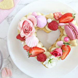 Trendy Cream Tarts | From SugarHero.com
